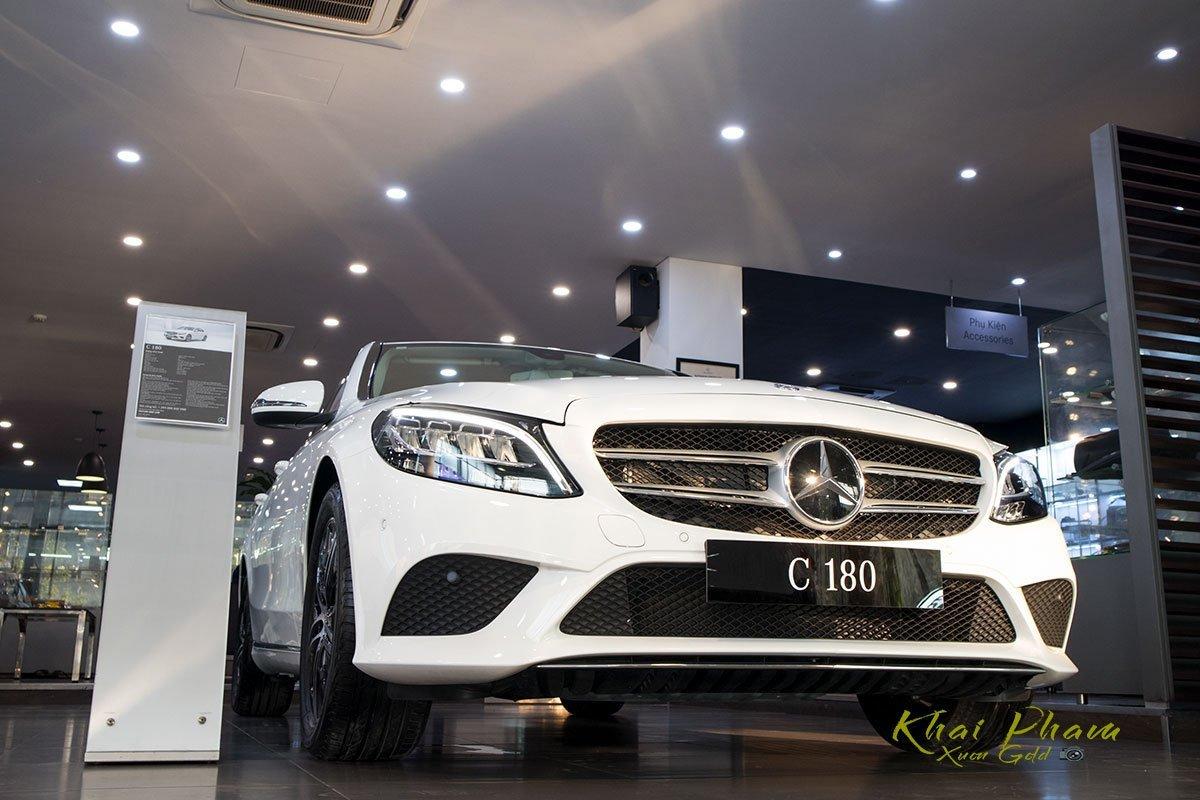 Thông số kỹ thuật xe Mercedes-Benz C 180 2020