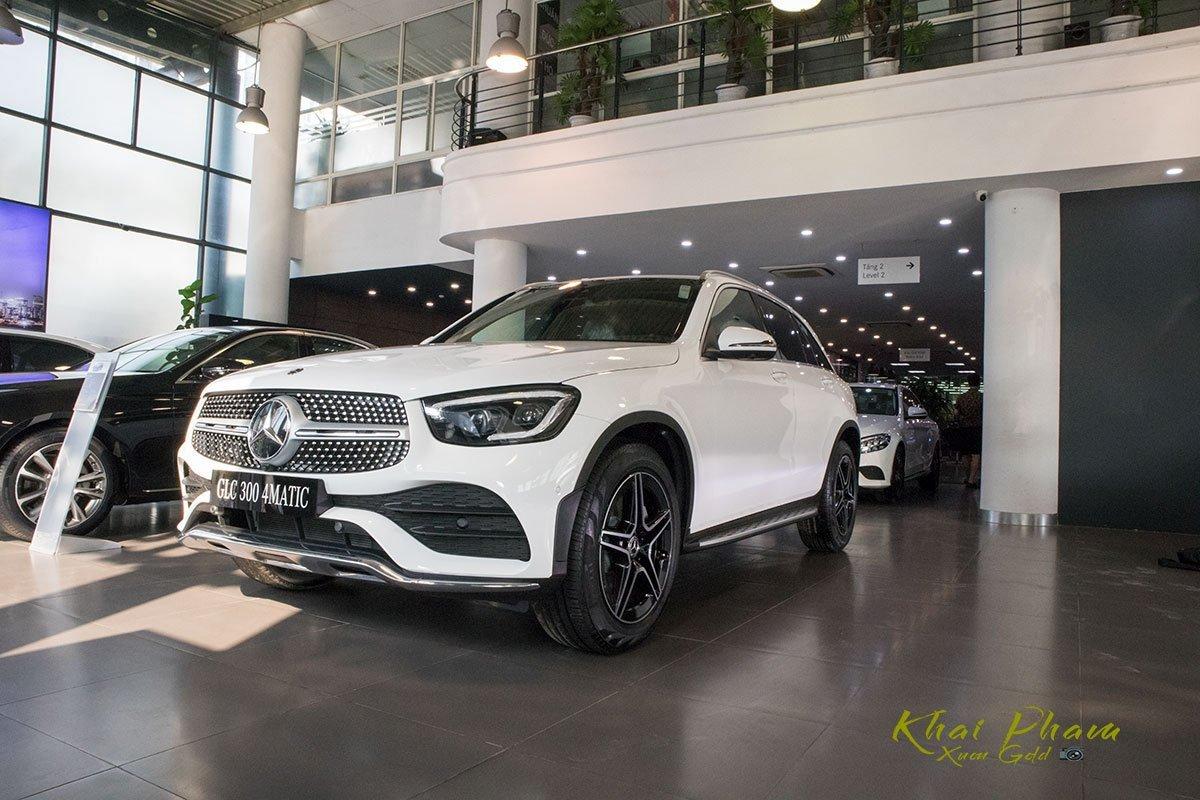 Thông số kỹ thuật xe Mercedes-Benz GLC 300 4MATIC 2020