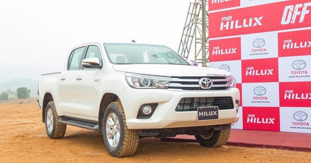 Thông số kỹ thuật xe Toyota Hilux 2019 tại Việt Nam